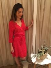 vestido rojo motas
